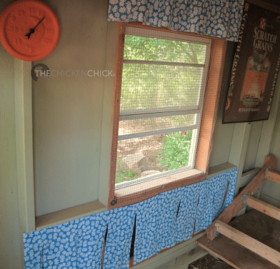 Within a week of hanging these primitive nest box curtains, the young chickens began roosting like big girls.