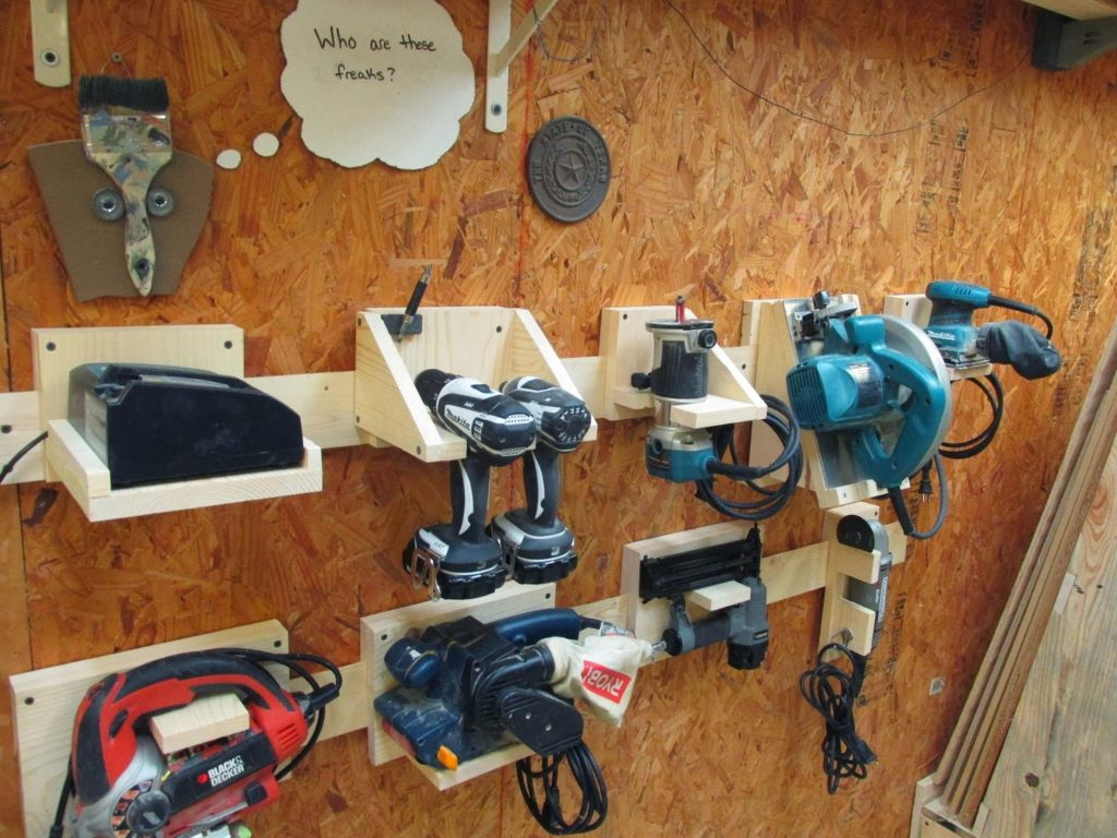 DIY Power Tool Storage System shared by Wilker-Dos