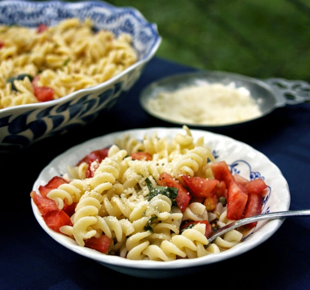 Pasta with Fresh Tomatoes & a Secret Ingredient! Shared by Simple Living and Eating