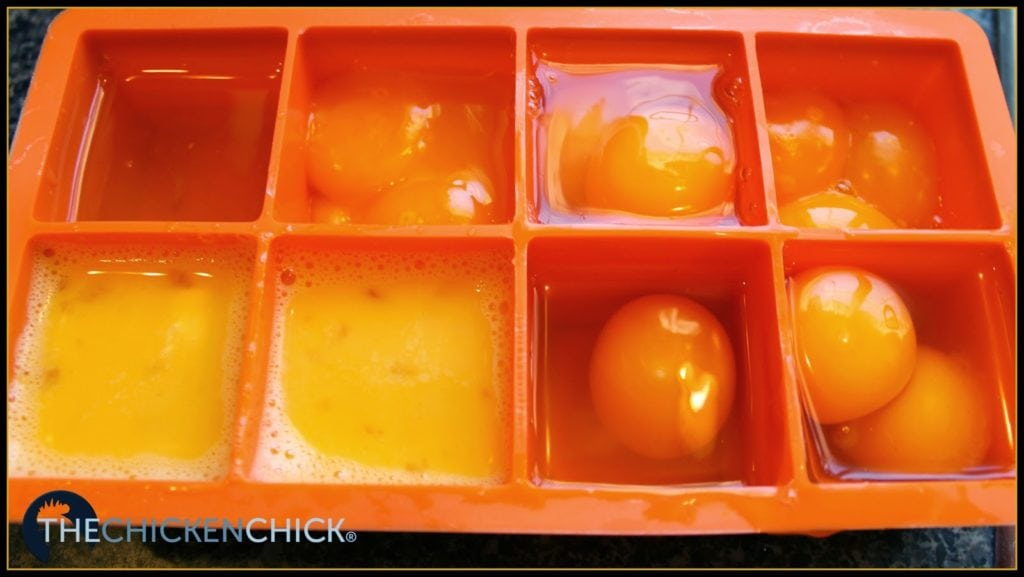 2 oz silicone ice cube trays available for purchase here (affiliate link)
