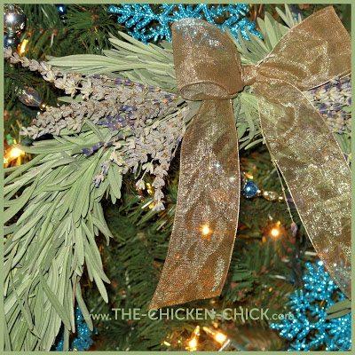 Lavender Wreath via The Chicken Chick®