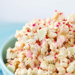 Easy-White-Chocolate-Peanut-Butter-Popcorn-1
